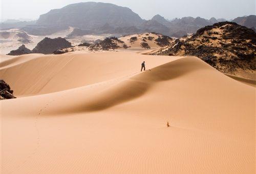 Красивый кунилингус в песках пустыни